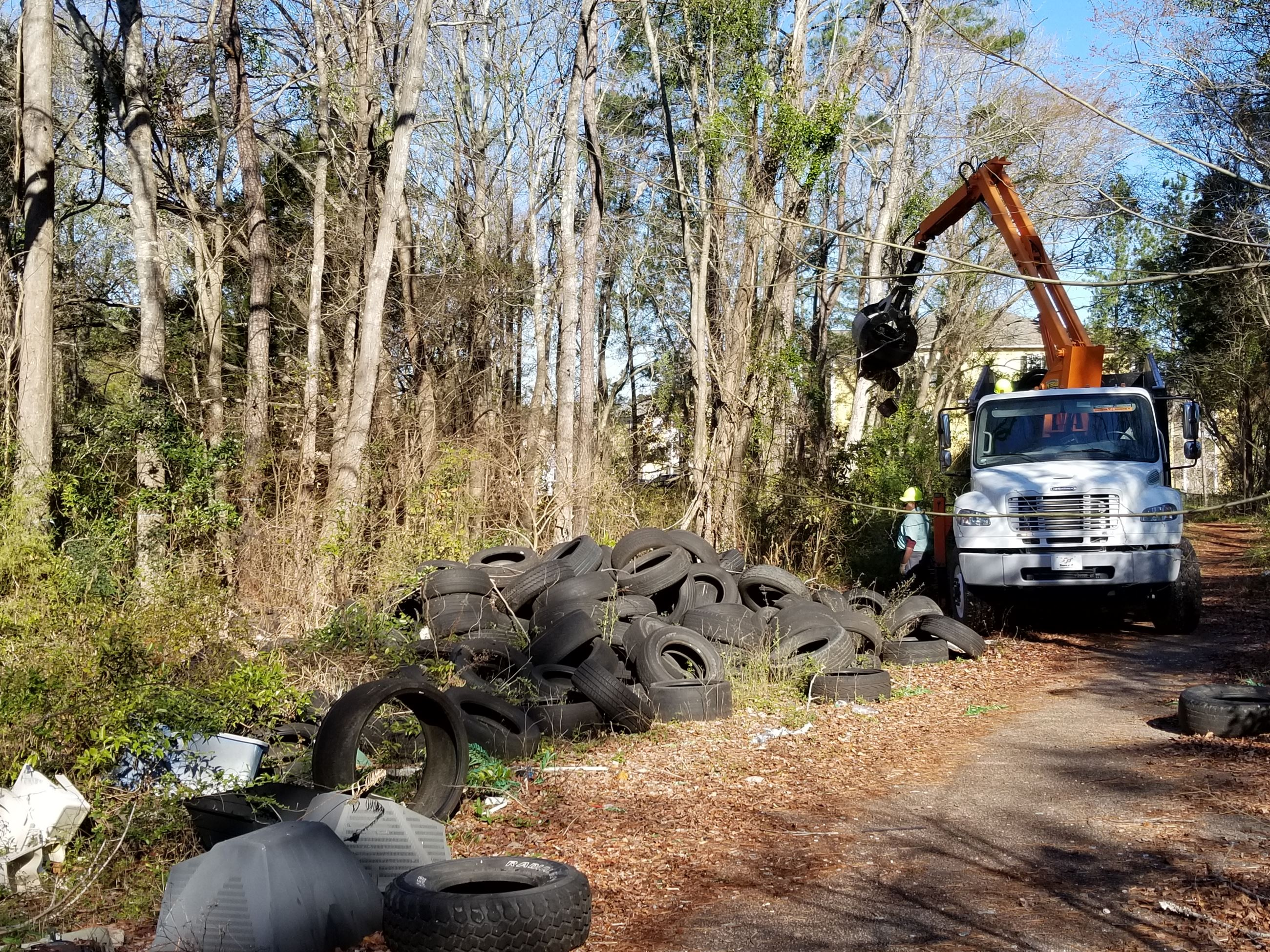 Illegal Dumping near Bushy Park Reservoir